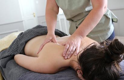 Johanna Regan at Seabu giving a body massage